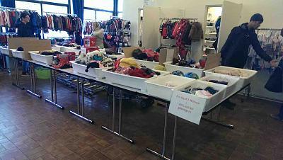 second-hand-market-kids-50-discount-toys-clothes-zh-market2.jpg