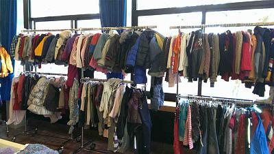 second-hand-market-kids-50-discount-toys-clothes-zh-market-3.jpg
