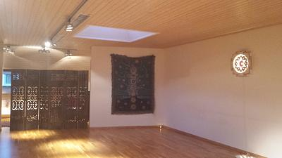 english-speaking-yoga-studio-space-1.jpg