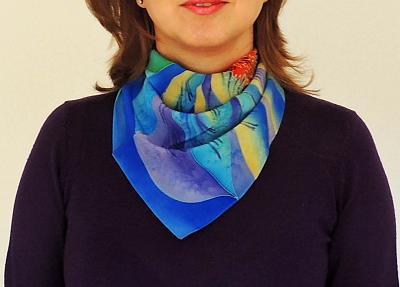 silk-handpainted-scarfs-batik-sm2.jpg