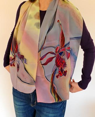 silk-handpainted-scarfs-batik-amarettoscarf.jpg