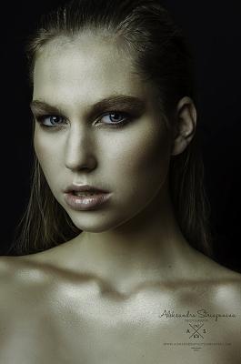 professional-photographer-zurich-_dsc8710-editlogo.jpg