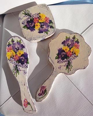 new-handmade-beauty-set-3-items-antique-look-mirror-hairbrush-jewelry-box-sdsc04536.jpg