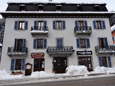 argentiere-holiday-2-bedroom-ski-apartment-4-dsc00243.jpg