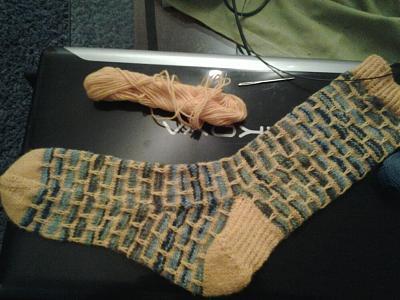 hand-made-socks-tmp_28887-20150521_015325-1-556020254.jpg-556020254.jpg Views:48 Size:62.2 KB ID:99925