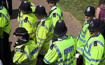 rude-police-some-attitude-image.jpg