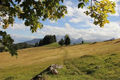 post-your-photos-switzerland-151003_naefels-innerthal-52.jpg