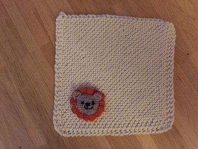 ef-community-knit-crochet-project-5-patsy-s-snuggle-blanket-lion.jpeg
