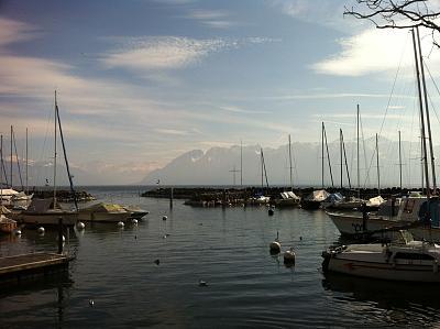 post-your-photos-switzerland-lutry.jpg