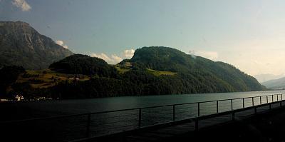 post-your-photos-switzerland-lake1.jpg