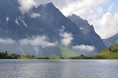 post-your-photos-switzerland-lake-trubsee.jpg