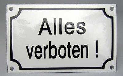 beware-eating-public-transport-alles-verboten.jpg