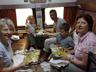 beware-eating-public-transport-3562492646_3aae4d967d.jpg