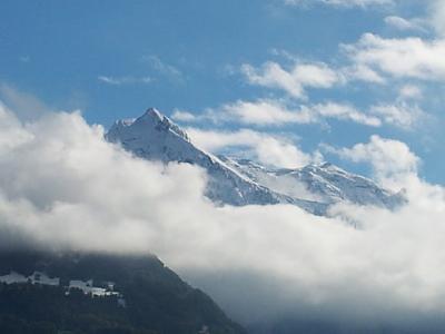 view-bottom-uetliberg-fantastic-mountains-snow-2013-10-11.jpg
