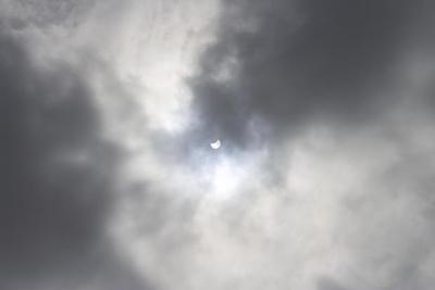 solar-eclipse-a76b67f51ea9c4a4d2ae155d5eef9c518a4be2b7-1426847060-550bf554-620x348.jpg