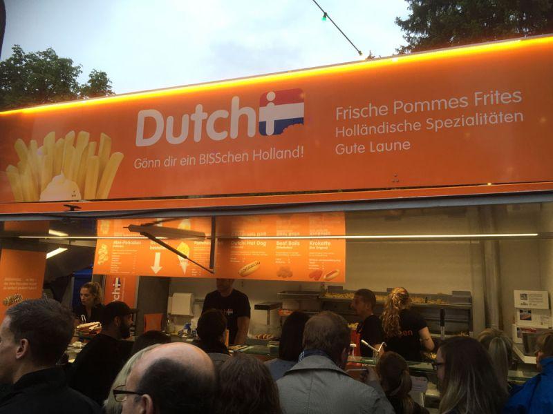 Name:  streetfood-festival-stgallen-2016-pommes-holland.jpg Views: 470 Size:  63.3 KB