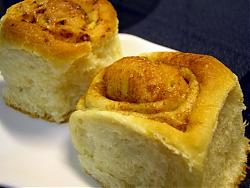 post-photos-what-you-cook-bake-switzerland-cinnemon-rolls-03.jpg