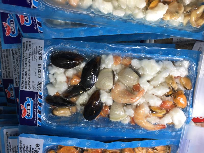 Where to find quality frozen fish mix english forum for Frozen fish food