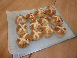 post-photos-what-you-cook-bake-switzerland-hot-cross-buns.jpg