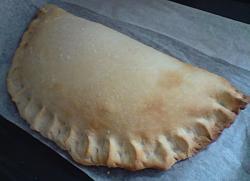 post-photos-what-you-cook-bake-switzerland-calzone.jpg