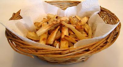 post-photos-what-you-cook-bake-switzerland-cassava-chips.jpg