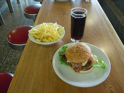 burger-zurich-farmerbeefy.jpg