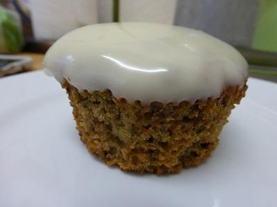 post-photos-what-you-cook-bake-switzerland-2014-04-06-sweet-zucchini-cupcakes-cream-cheese-frosting.jpg