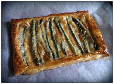 post-photos-what-you-cook-bake-switzerland-2014-04-19-3-cheese-asparagus-tart.jpg