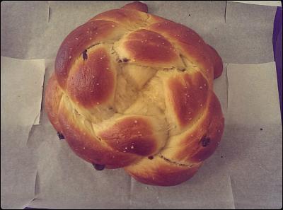 post-photos-what-you-cook-bake-switzerland-2014-09-21-honey-raisin-sea-salt-challah.jpg
