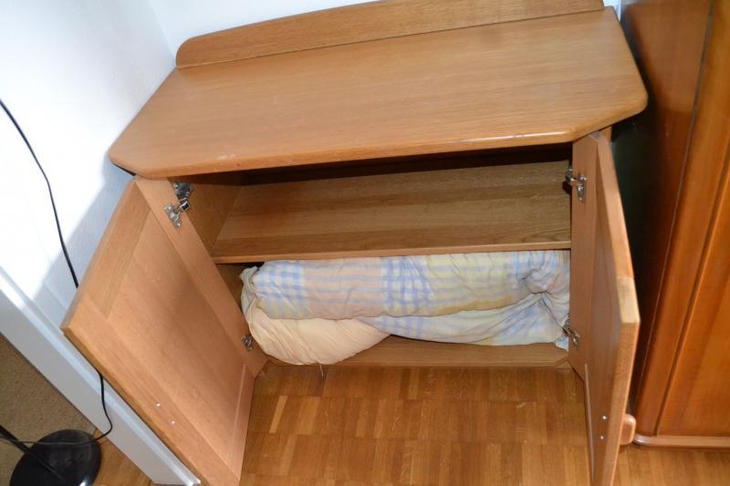 Free Furniture, Pick Up Asap In 8617, Kanton Zurich