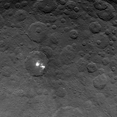 bright-spots-ceres-ceres-bright-spots-second-orbit.jpg