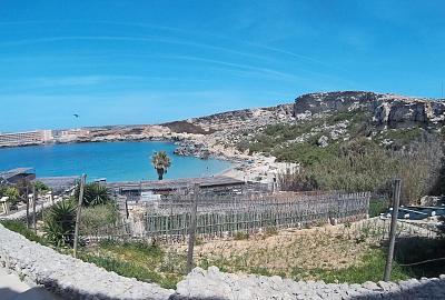 springtime-malta-strand-copy.jpg