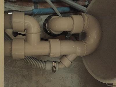 looking-cheap-plumber-zurich-image.jpg