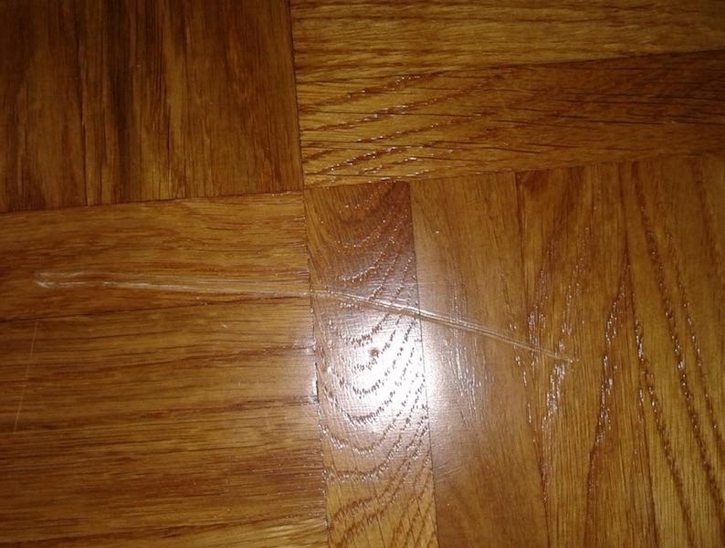 Scratch On Wood Floor English Forum Switzerland