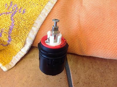 problem-kwc-domo-faucet-fd1a9a35-24a1-4767-bc86-8f82708f0f61.jpg