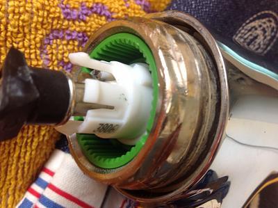 problem-kwc-domo-faucet-327d2893-8abb-43a4-a7dd-631cfbf18094.jpg