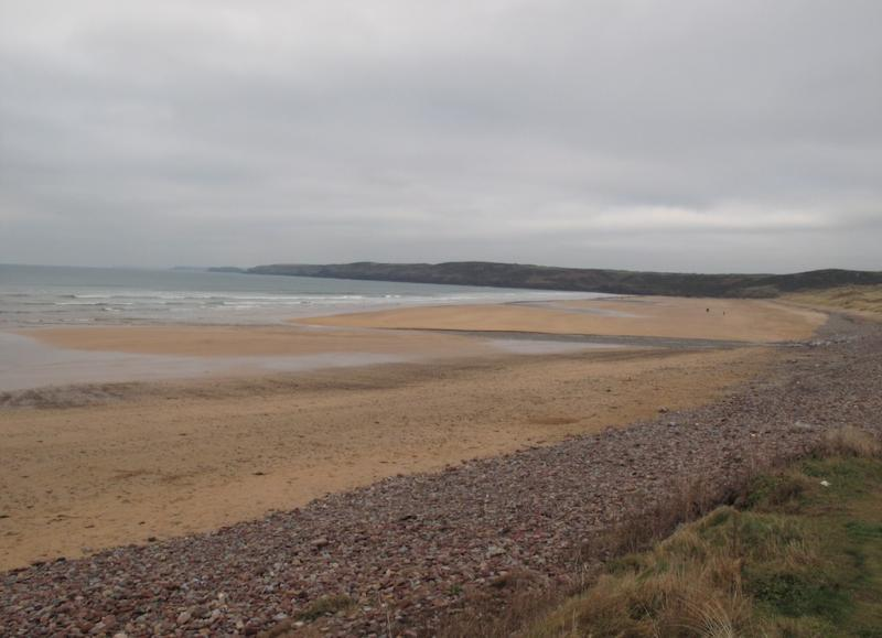 Australians 'insulted' at praise for Welsh beach - English