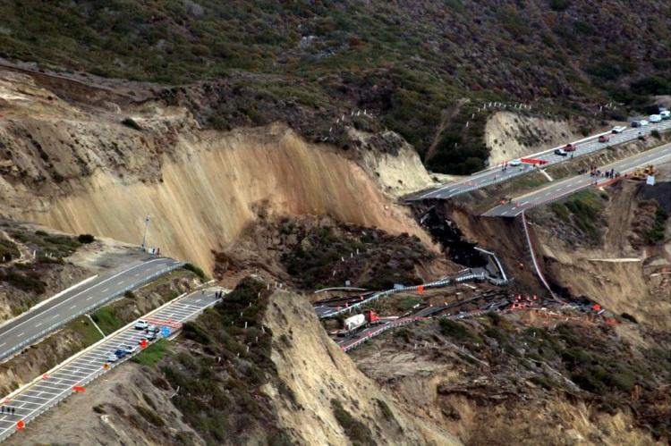 Earthquake San Diego >> Tijuana-Ensenada scenic road collapses - English Forum ...