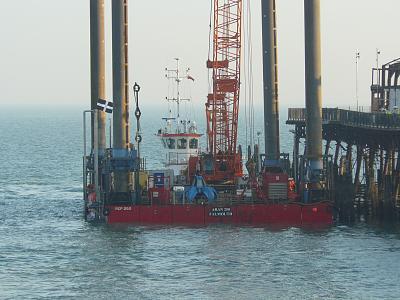 hastings-pier-destroyed-fire-p1450351.jpg