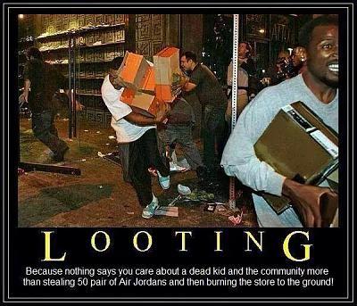 us-gun-control-second-amendment-thread-looting.jpg