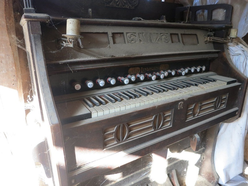 Name:  harmonium.jpg