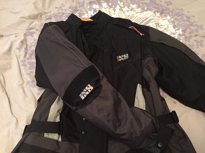 ixs-namur-motorcycle-jacket-img_5048.jpg