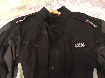 ixs-namur-motorcycle-jacket-img_5047.jpg