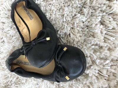 shoes-sale-guess-ugg-hunter-navy-boot-timberland-fendi-etc-img_7311.jpg