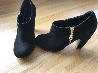 shoes-sale-guess-ugg-hunter-navy-boot-timberland-fendi-etc-img_7322.jpg