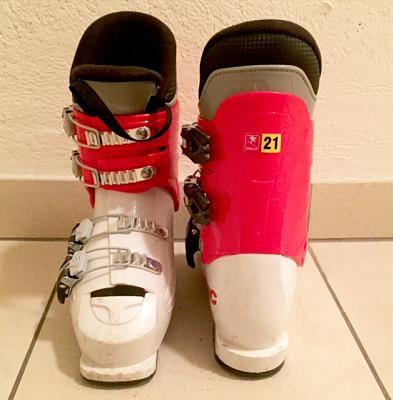 kids-ski-boots-size-21-ski-helmet-lausanne-kids-ski_boots_2-1-.jpg.jpg Views:48 Size:38.0 KB ID:127264