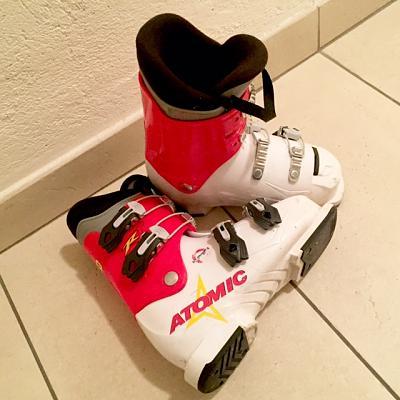 kids-ski-boots-size-21-ski-helmet-lausanne-kids-ski_boots_2-2-.jpg.jpg Views:37 Size:41.7 KB ID:127265