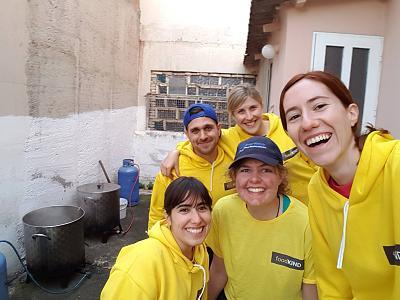 volunteer-opportunity-foodkind-volunteers.jpg