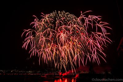 where-can-i-take-nice-photos-zurich-fireworks-2374.jpg