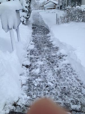 getting-somebody-clear-snow-img_1797.jpg